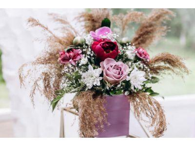 Микс цветы в шляпных коробках