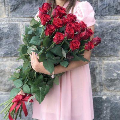 Букет из 25 роз Гран При 100 см