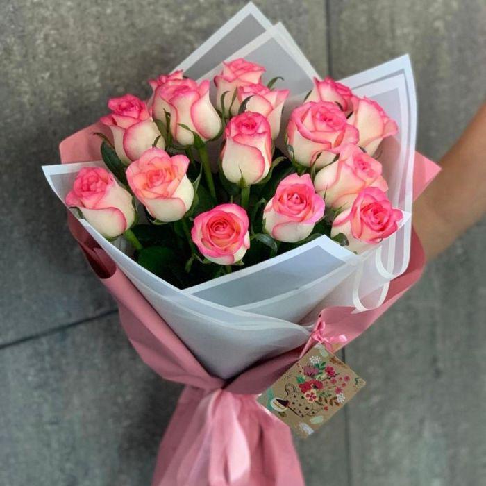 """Букет из 15 роз """"Джумиля"""""""