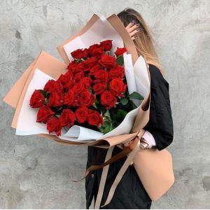 """Букет из красных роз """" Трепетная любовь"""""""
