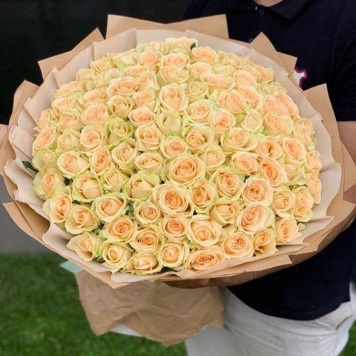 """Букет из 101 розы """"Пич Аваланж"""""""