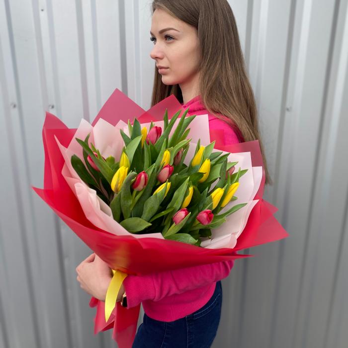 """Букет тюльпанов """" Весеннее чувство """""""