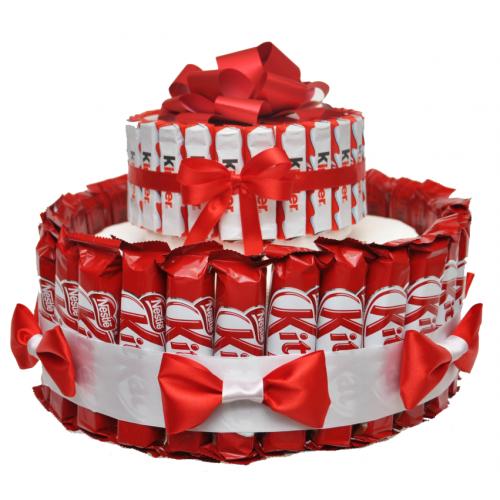 Торт из конфет Kinder и KitKat