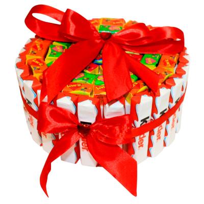 "Торт из конфет ""Kinder Love is"""